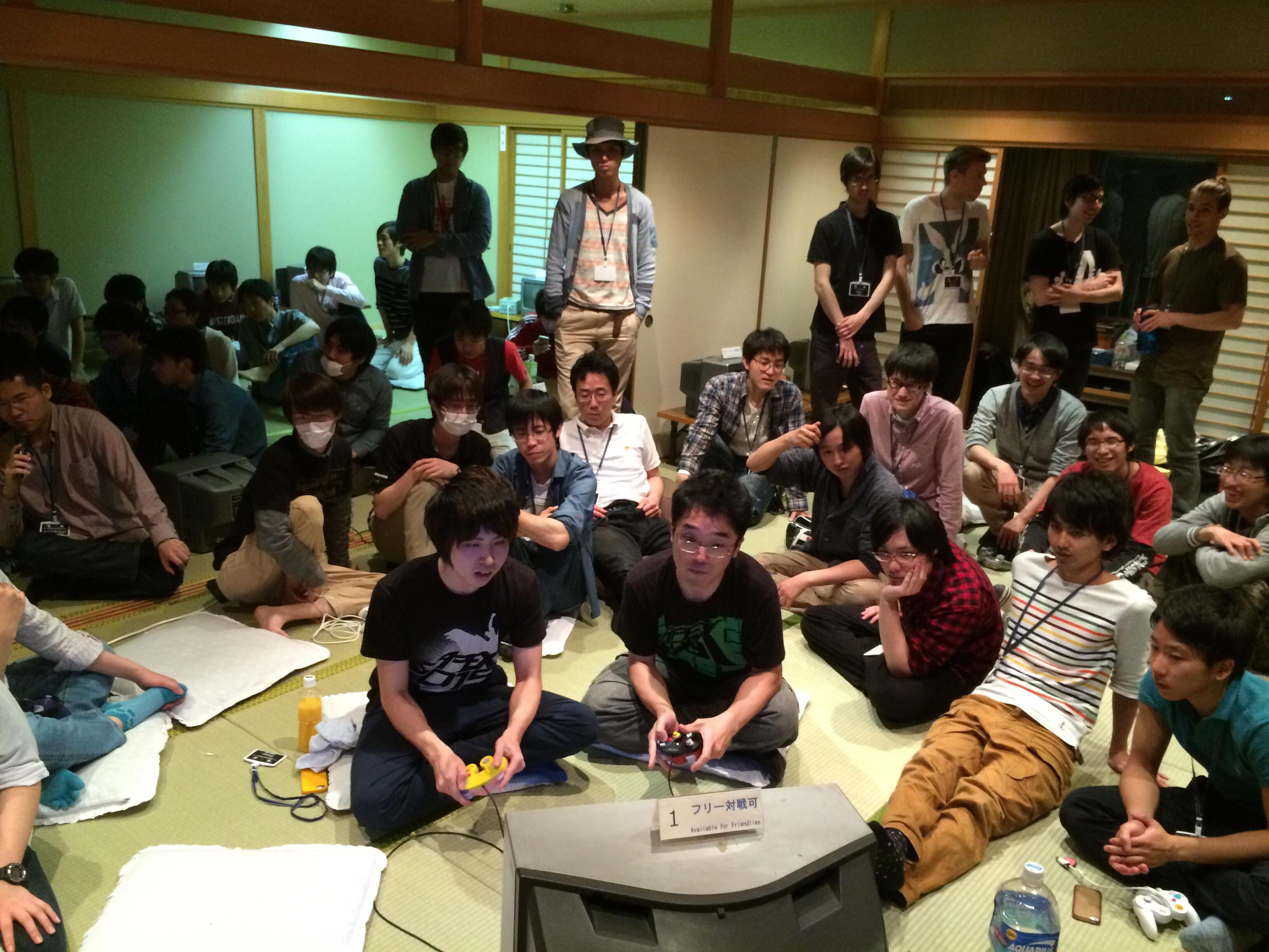 大阪で毎月開催されている DX 大会「MasterHand」の上位戦の様子。